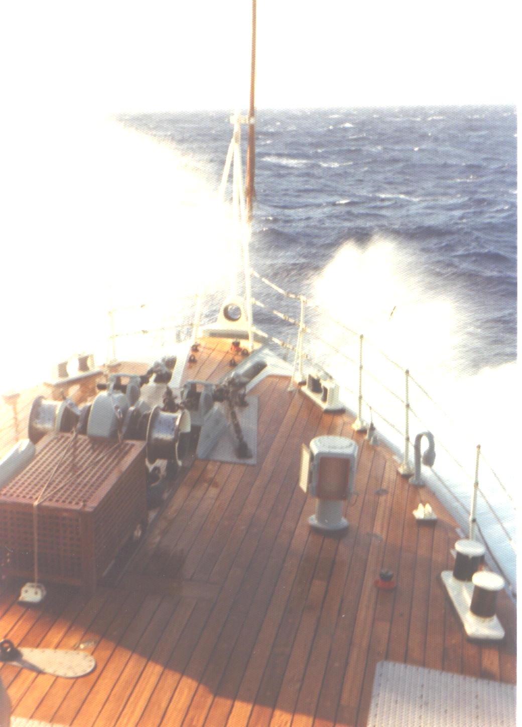 shipgrn.jpg